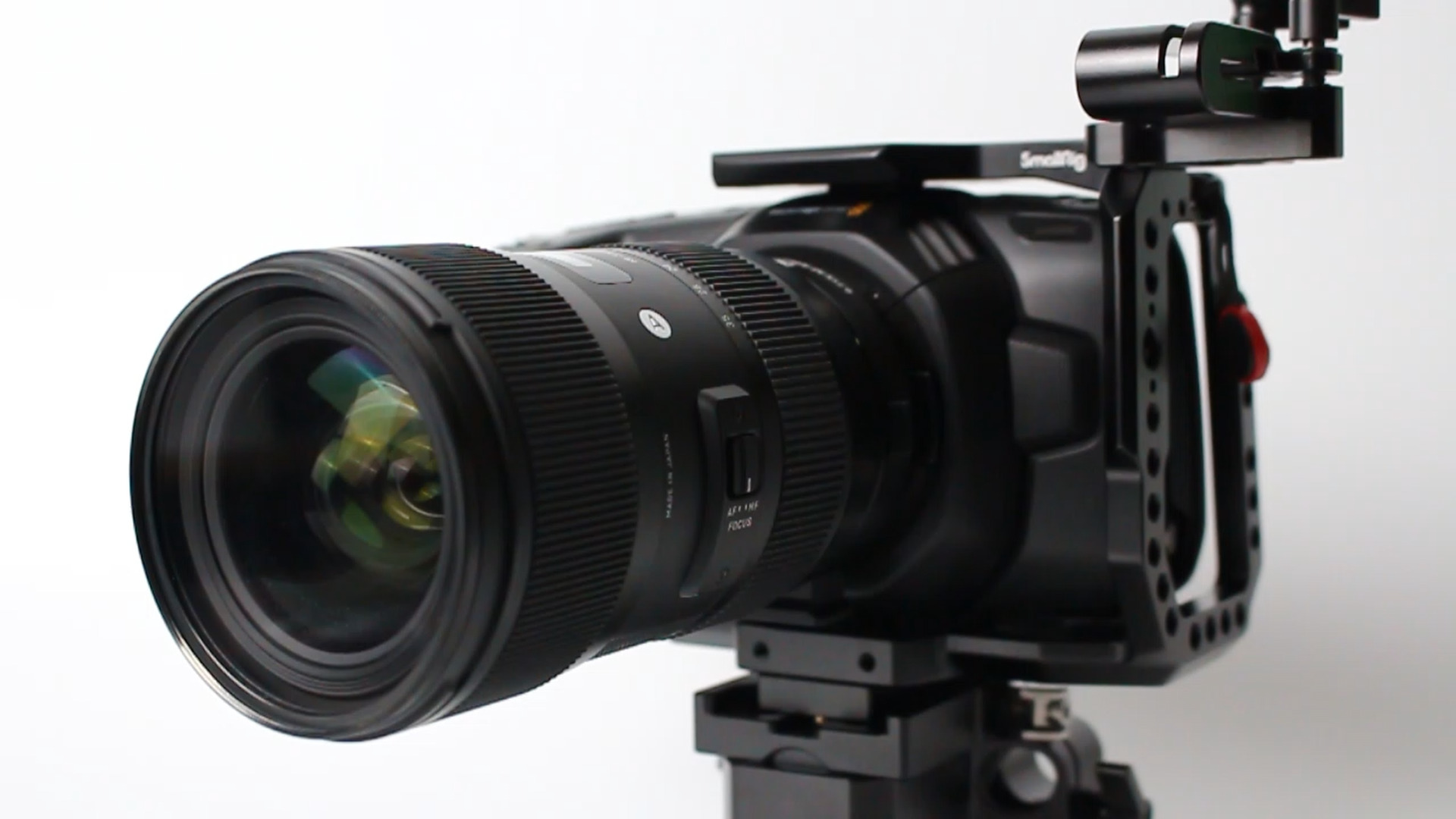 「【レビュー】SIGMA 18-35mm F1.8 ARTレンズを1年使ってきた感想」のアイキャッチ画像